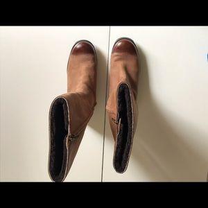 UGG Broome boots